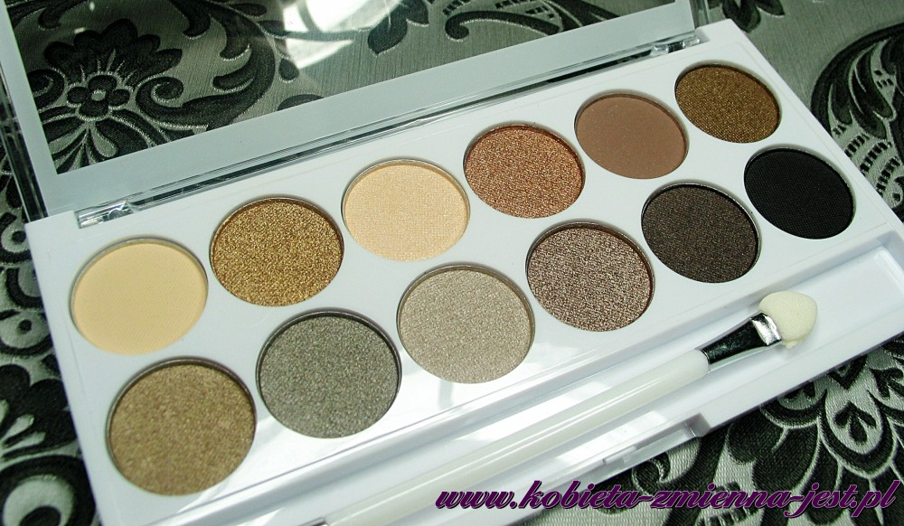 Makeup Academy Undress me too eyeshadow palette blog swatche real foto 1