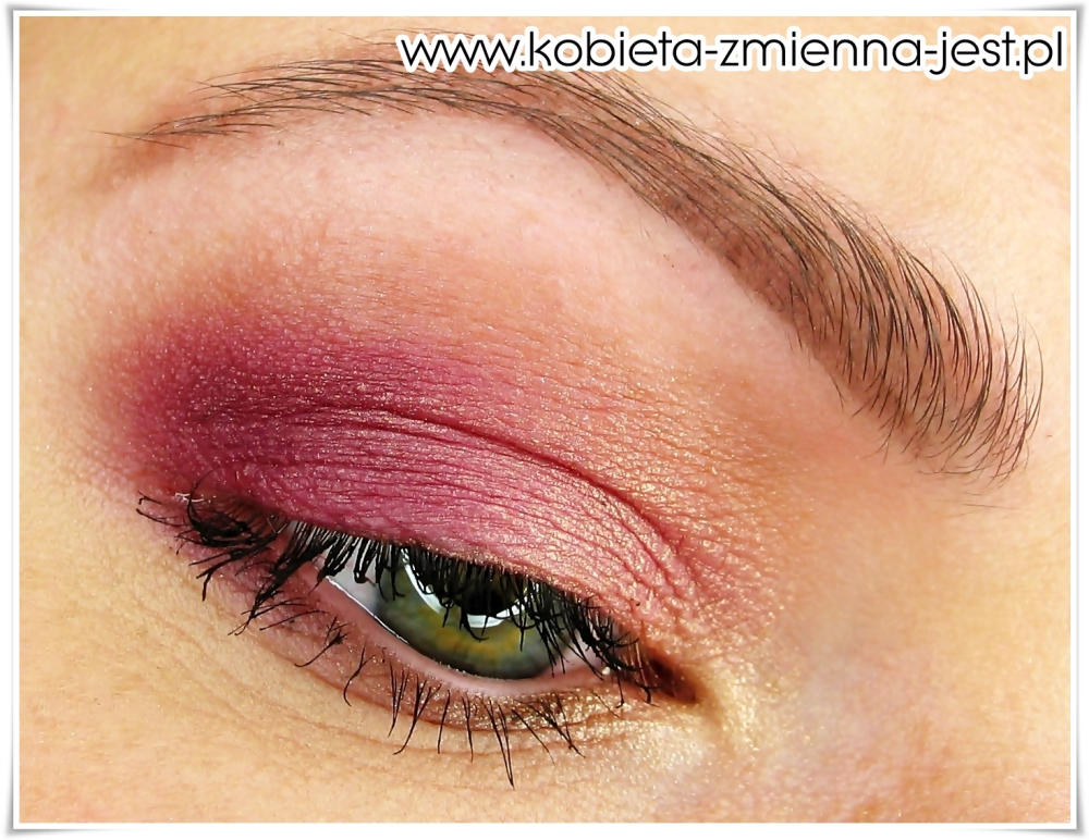 makijaż make up złoty róż brzoskwiniowy dzienny lekki makijaż kobiecy hean 512 sleek vintage romance blog eyes