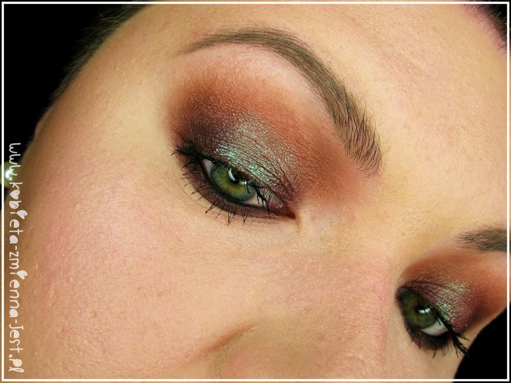 makeup geek insomnia pigment eyes 2