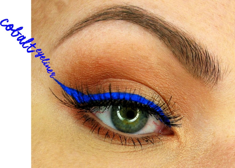Cat's Eye Liner Tusz do kresek Golden Rose kobaltowy eyeliner hit trendy kreska blog chabrowy eyeliner