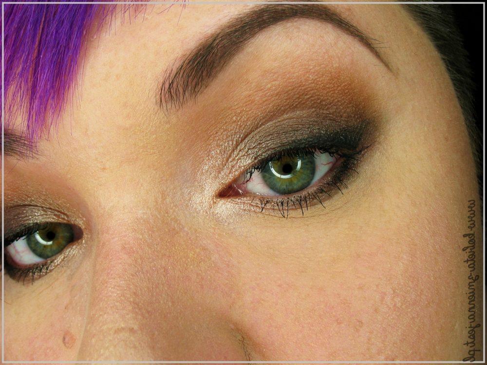 makijaż The Balm Nude Tude kosmetykomania.pl blog kobieta zmienną jest